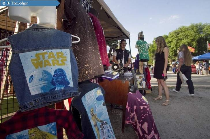 New Afternoon Farmers Market a Hit on Its First Day